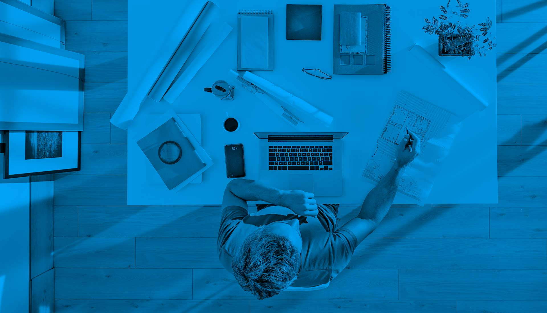 Créateur de logiciels et de solutions digitales.